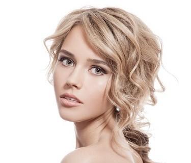 Kosmetik Haare Beauty jede Frau ist schön